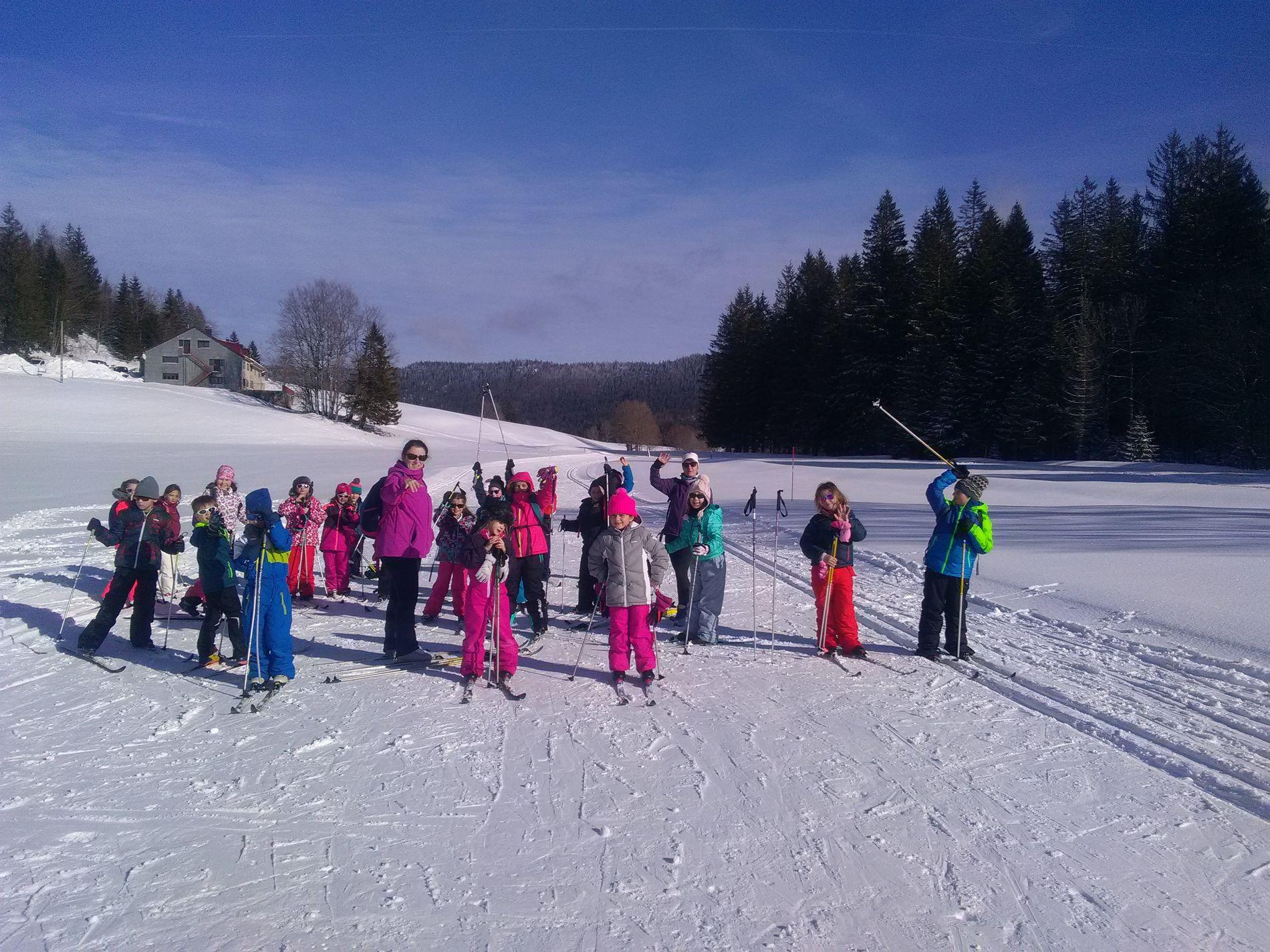 Classe de neige des CE à Bellefontaine (24).jpg