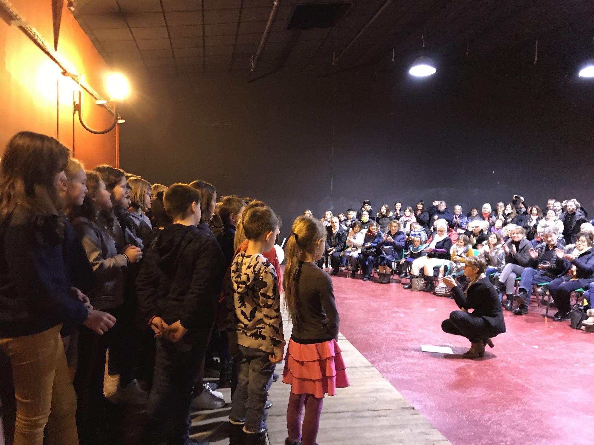 Mini concert des élèves (6).JPG